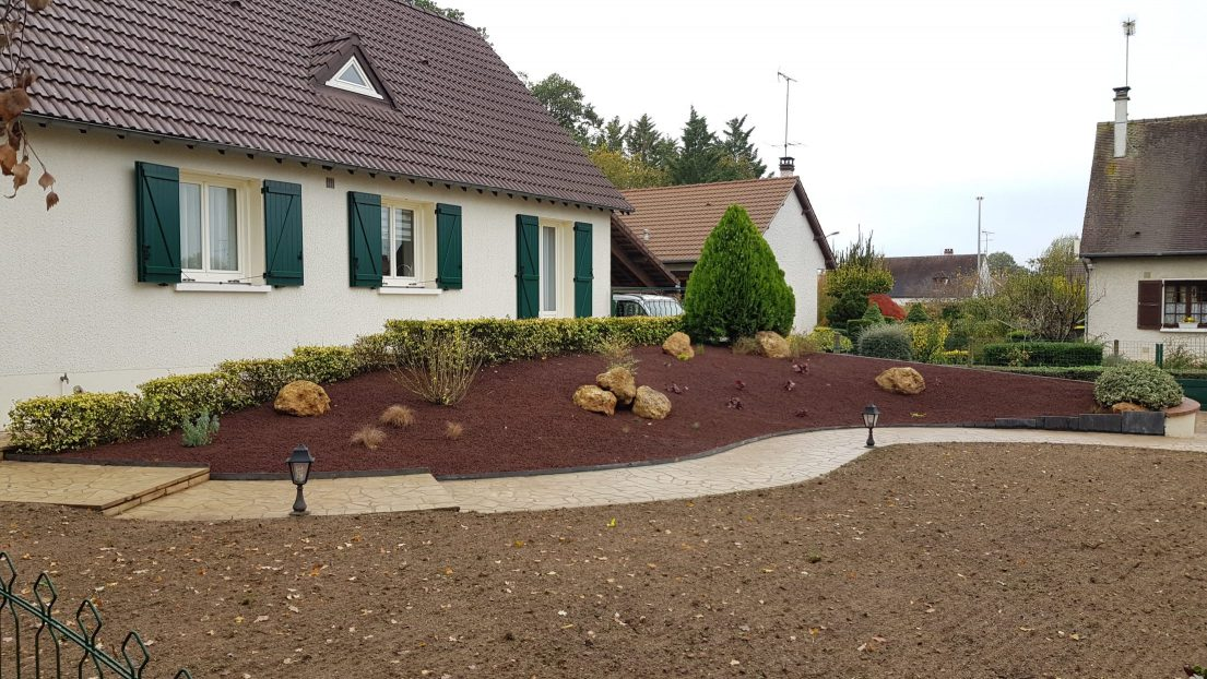 Paillage minéral pour jardin particulier
