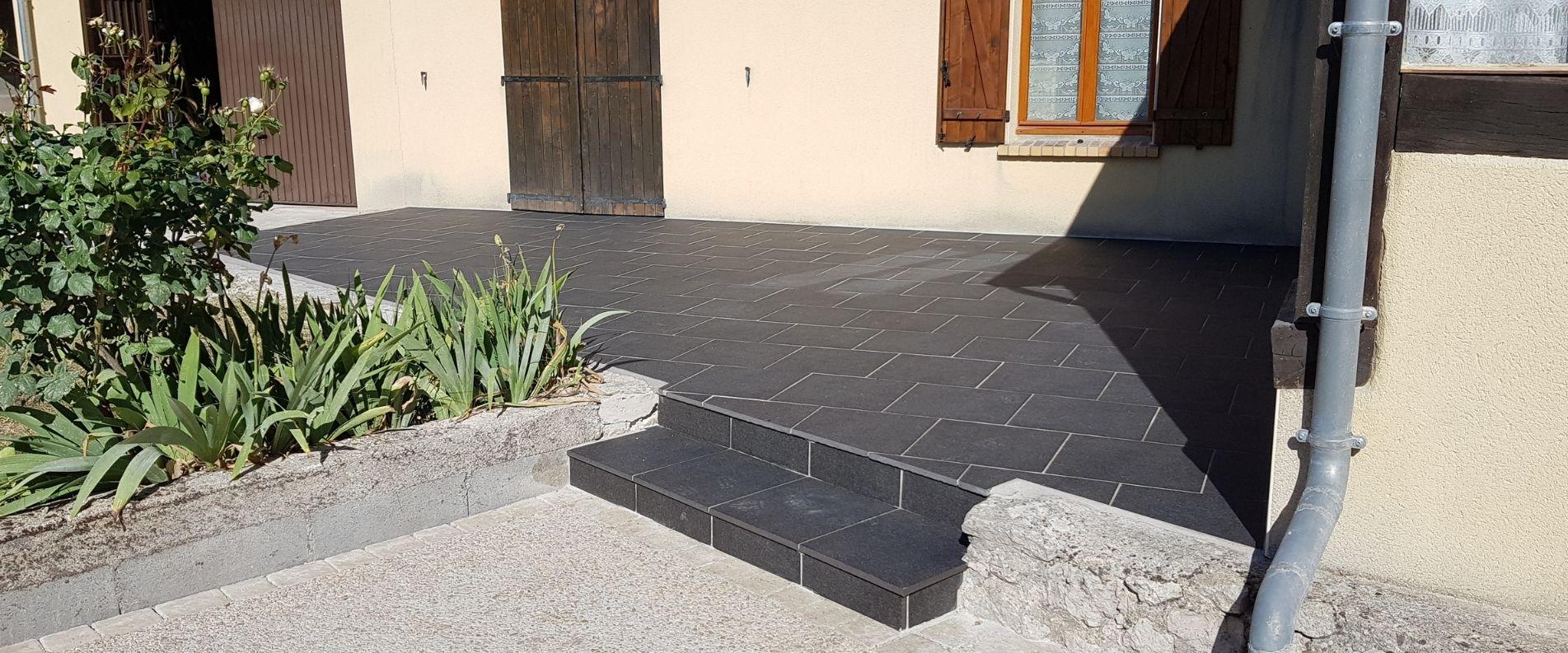 Création d'une terrasse en grès céramique