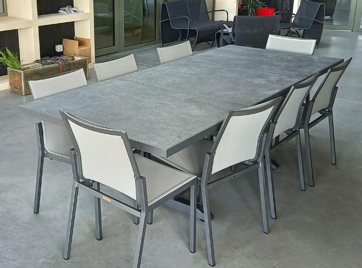 Table et chaises de jardin Amaka